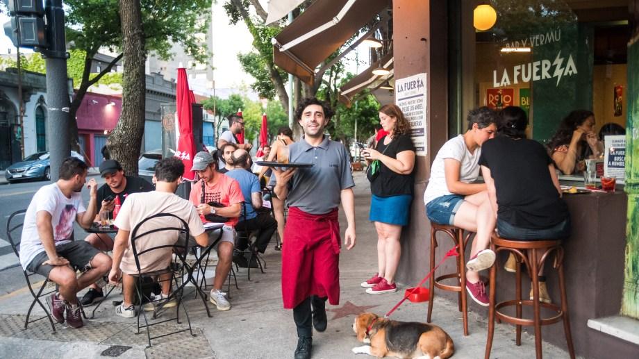 Chacarita es uno de los barrios emergentes de Buenos Aires, con un polo gastronómico cada vez más convocante. Foto: Gentileza La Fuerza.