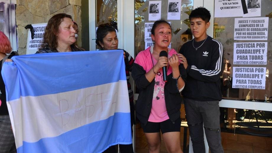 Conmovedor relato de una testigo directa del femicidio de Guadalupe Curual en Villa La Angostura. Foto: Alfredo Leiva
