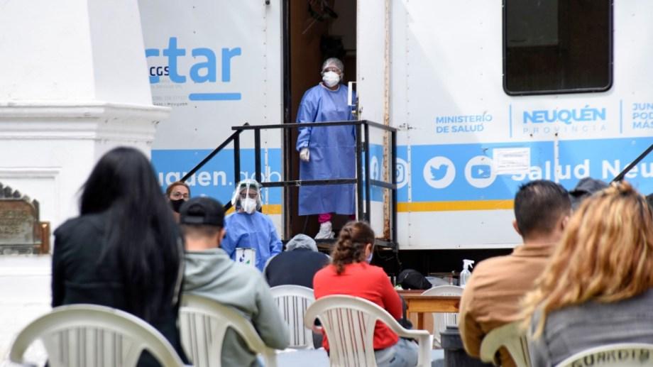 El plan DetectAR en Neuquén ubicado en el centro, en el Ruca Che y en un barrio del sur se mantiene abierto el fin de semana Foto: Florencia Salto