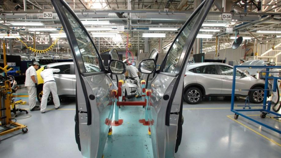 La industria automotriz dio un fuerte salto durante junio.