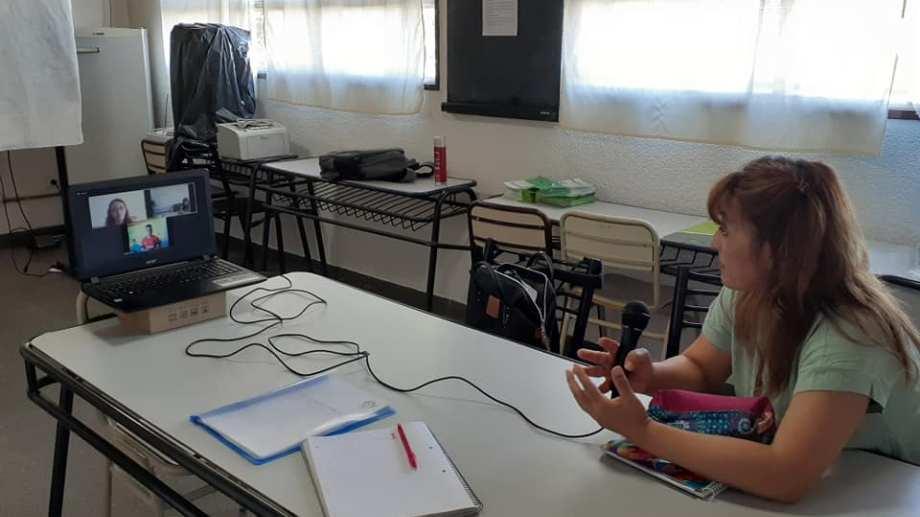 La directora del I.T.S., profesora Eliana Velázquez, resaltó la importancia de las tecnicaturas. Foto: Gentileza.