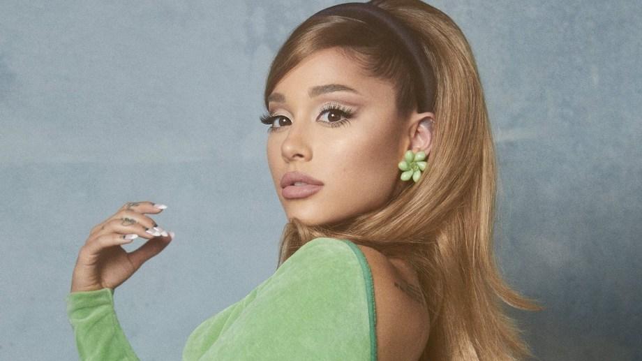 """Ariana Grande editó este viernes """"Positions"""" edición deluxe."""