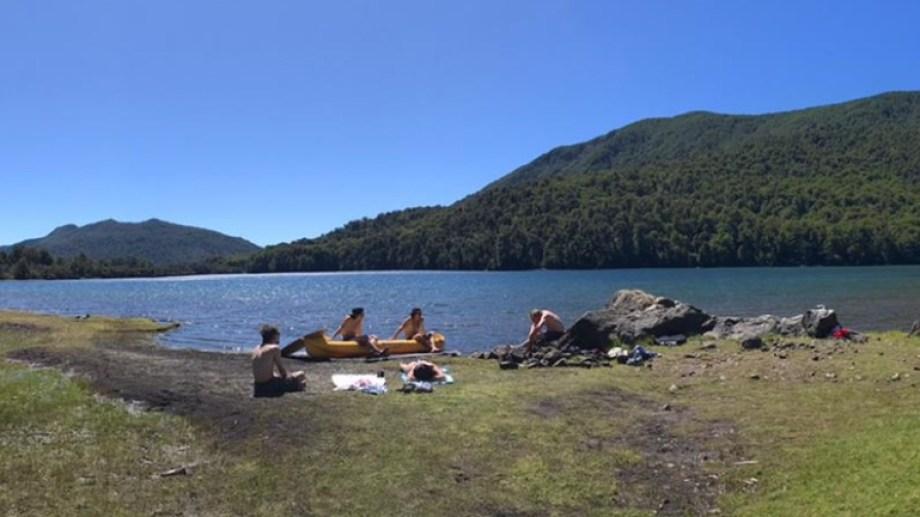 Laguna Verde, una maravilla cerca del lago Curruhue Grande.