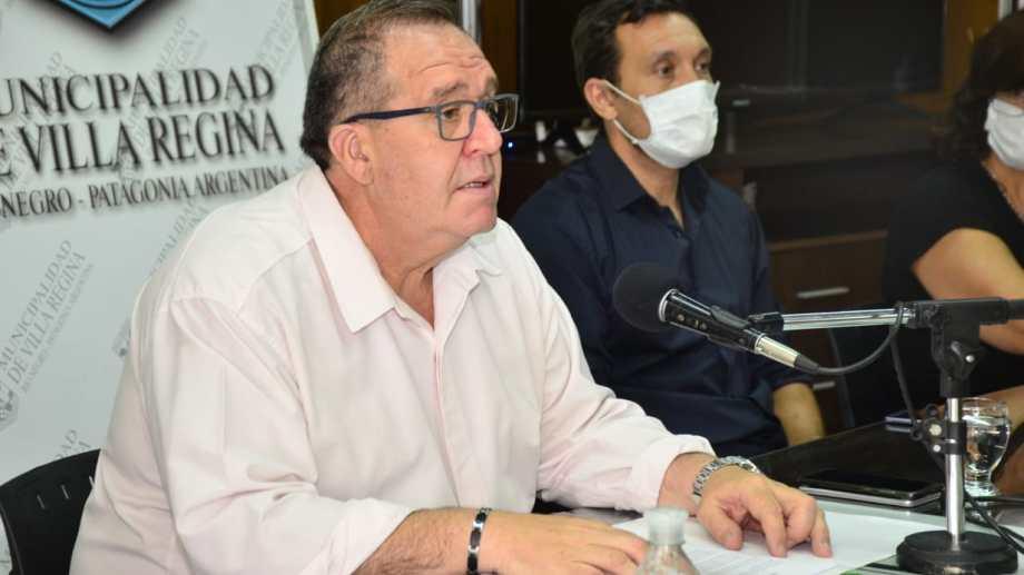 El intendente de Regina, Marcelo Orazi, autorizó la apertura del cine.