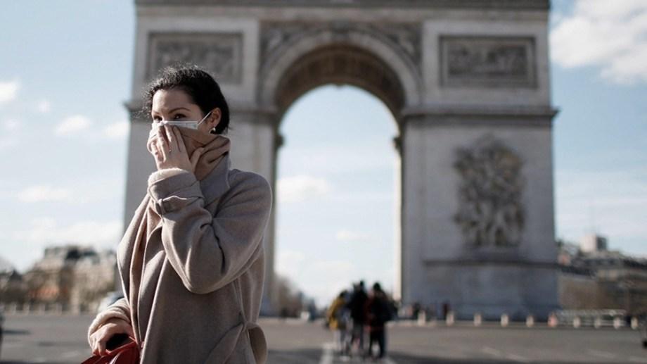 El Gobierno francés estudia una propuesta de confinar a París por el coronavirus.