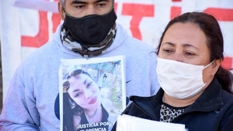 Verónica Leal, la mamá de Florencia Soto, contó que la joven estaba alejada de su familia. (Foto Florencia Salto).-