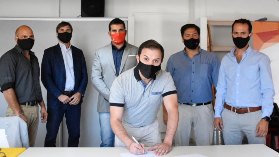 La firma se constituyó esta semana en las instalaciones donde su surgió como idea, el Centro Pyme de Neuquén.
