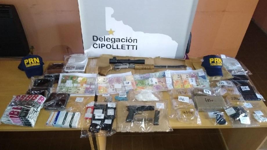 La mayor cantidad de marihuana se encontró en una vivienda de Neuquén.  Foto: Gentileza Gobierno de Río Negro.