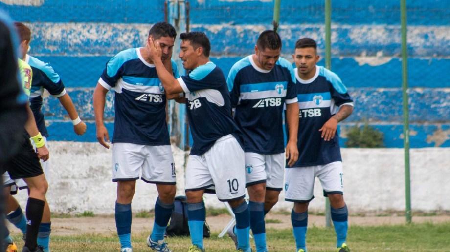 La Amistad ganó y confía en clasificar el miércoles contra Alianza. (Foto: Marcelo Martínez)