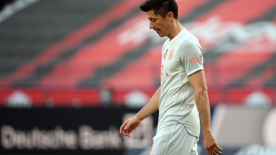 Lewandowski metió un gol pero su equipo perdió 2 a 1. (Foto: AP)