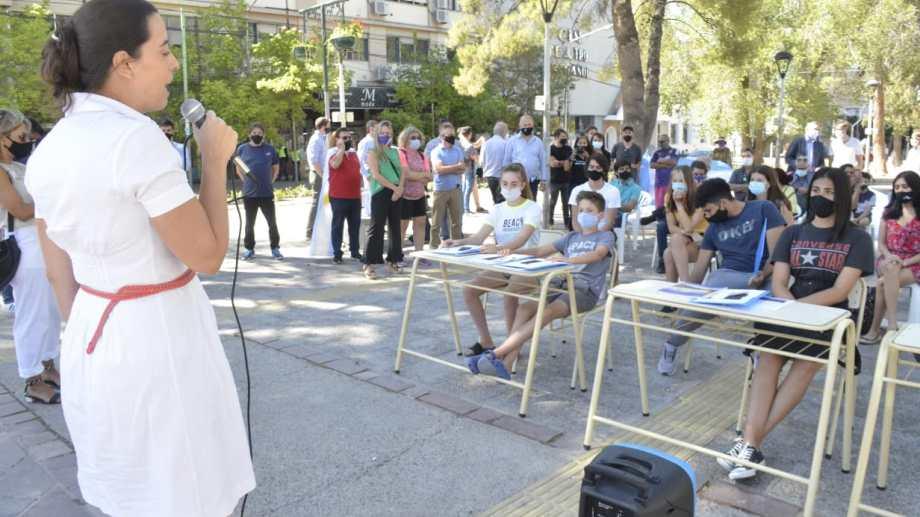 Juntos por el Cambio pidió por las clases presenciales en Neuquén. (foto: Yamil Regules)
