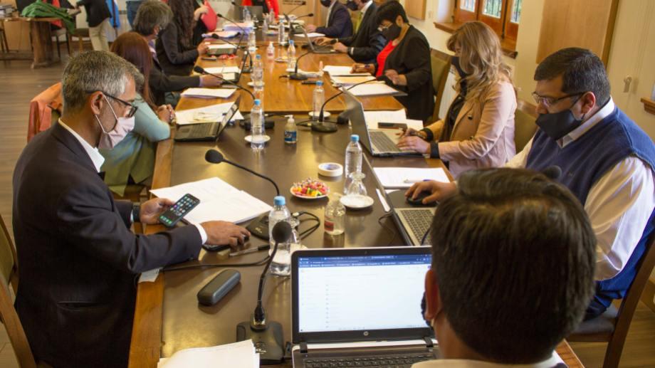 LLos concejales deben llegar al consenso para designar al próximo defensor del Pueblo de Bariloche. Archivo