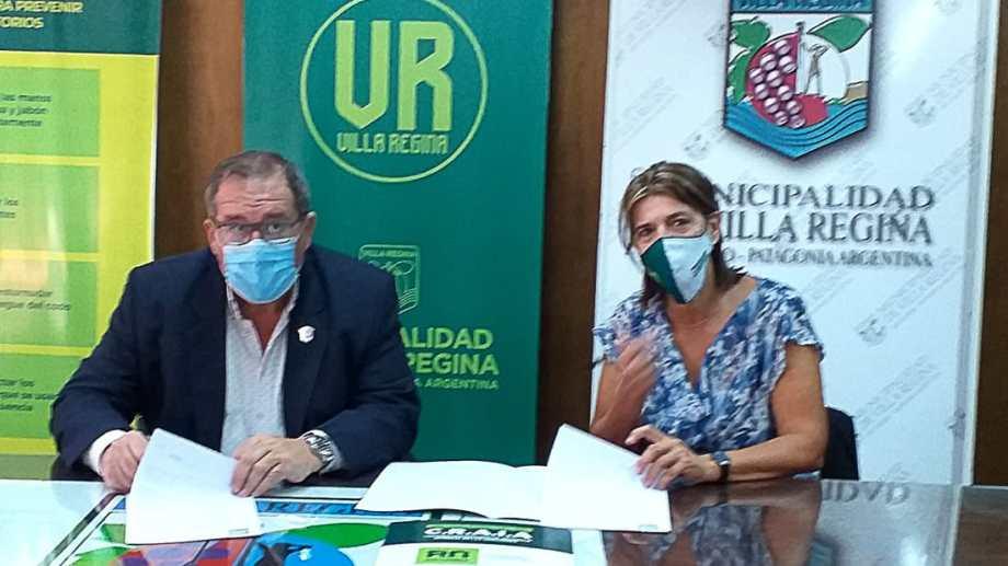 Orazi y Dell Orfano firmaron un convenio para un centro de atención de personas con adicciones. (Foto Néstor Salas)