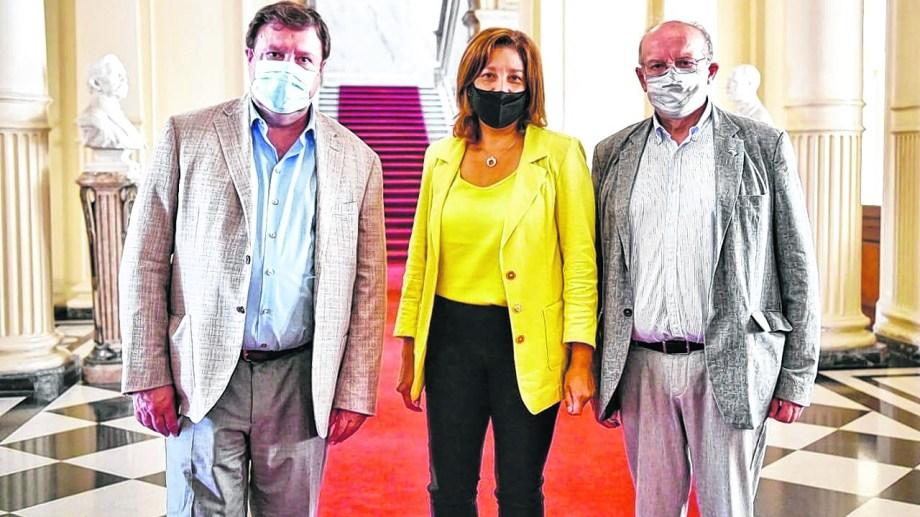 Weretilneck, Carreras y Di Giácomo en la Casa Rosada. Foto: gentileza.