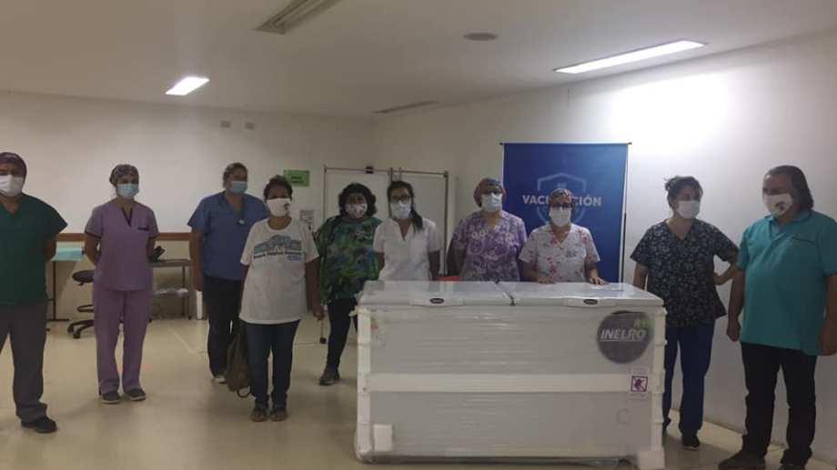 El hospital de Centenario sólo tenía freezers prestados para almacenar la vacuna Sputnik
