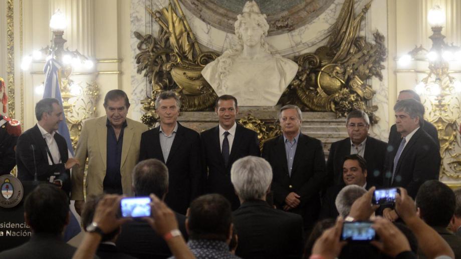 El acto que anunció la adenda de Vaca Muerta reunió a los principales actores políticos del momento en Casa Rosada. (Foto: gentileza)