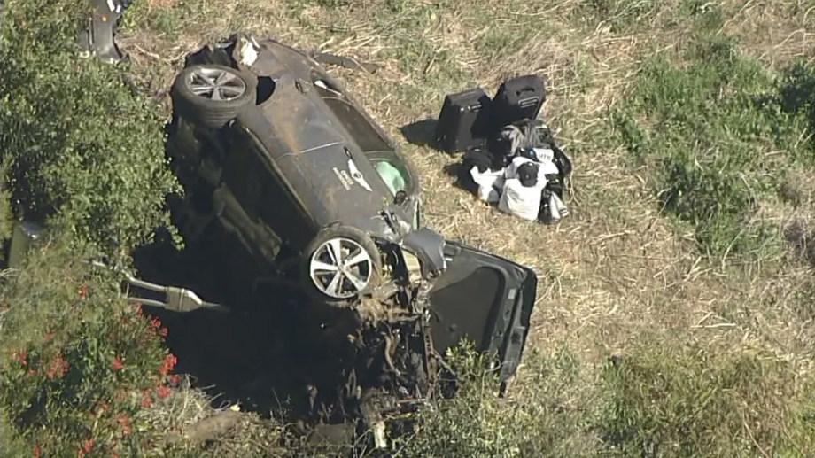 El deportista fue atendido en el lugar del hecho tras haber sido retirado de entre los restos de su auto.