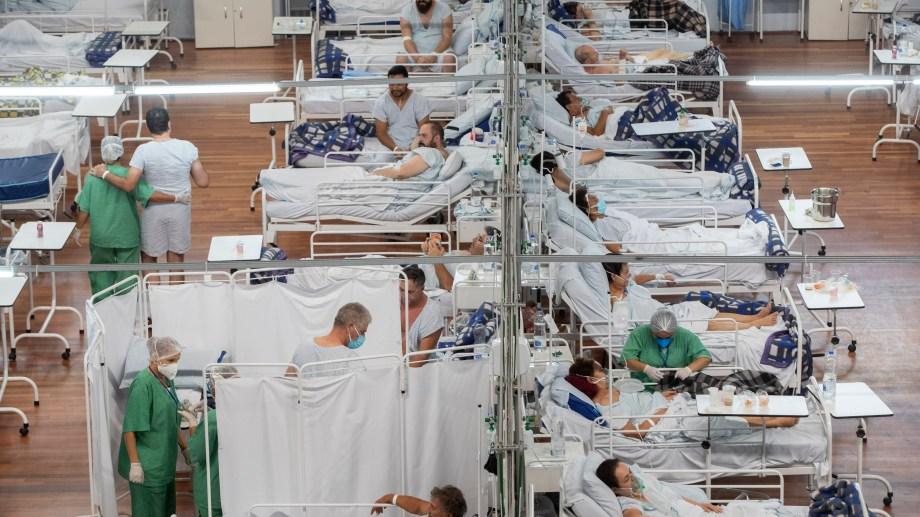 La capacidad hospitalaria de San Pablo llegó hoy al 77%. (Foto: AP)