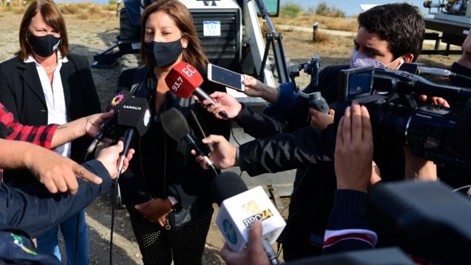 La gobernadora Arabela Carreras pidió que Nación siga con el actual esquema de distribución de vacunas. Archivo