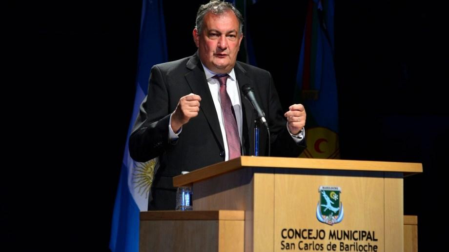 El intendente Gustavo Gennuso propuso el año pasado subastar lotes fiscal para reunir fondos y ahora analizan la operatoria. Archivo