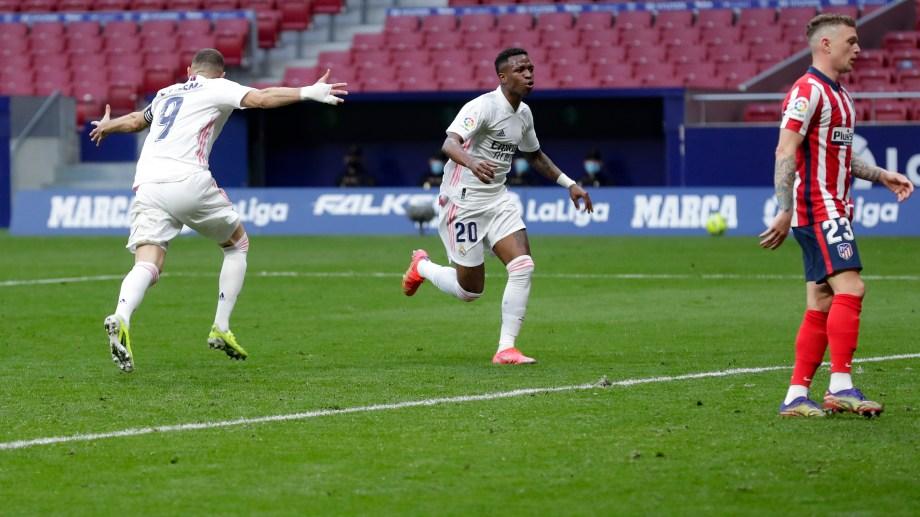 Benzema le ahogó el festejo al Atlético sobre el cierre. (Foto: AP)