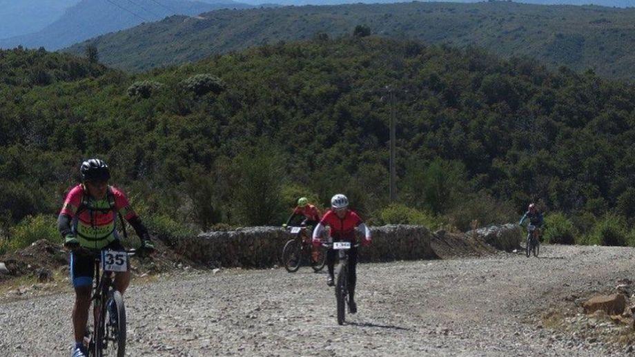 La competencia en el cerro Perito Moreno reunirá a más de 250 ciclistas. Foto: Gentileza