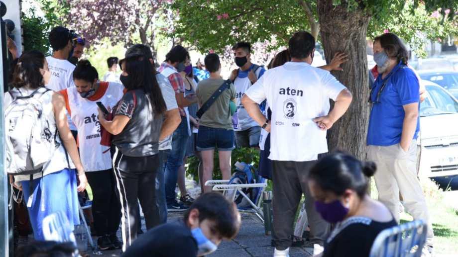 El gremio ATEN realizará el martes a las 9 el plenario de secretario generales para ratificar las medidas tomadas el 19 de febrero. Foto: Florencia Salto.