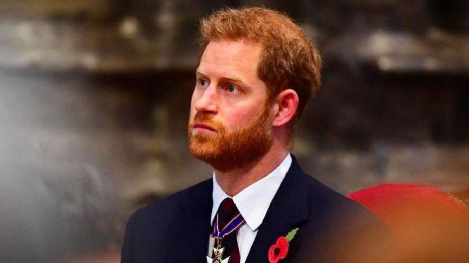 Harry buscó una opción, tras dejar de ejercer las tareas de la corona.-