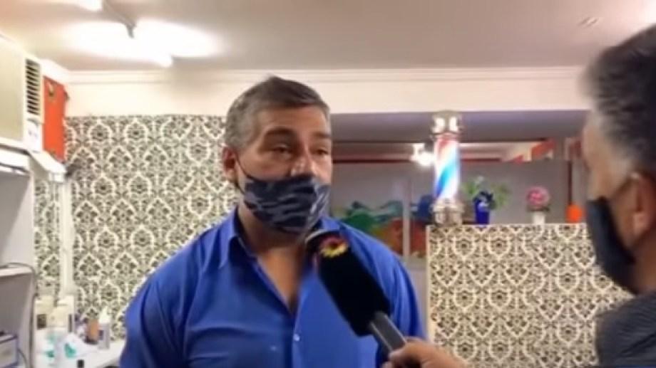 Osvaldo tuvo que aclarar en los medios que la información no era cierta. Tiene una posta policial en su casa.-