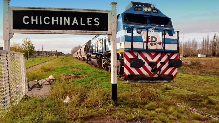 Nación trabaja en la recuperación del tren de cargas y de pasajeros para el Alto Valle. (Foto Néstor Salas)