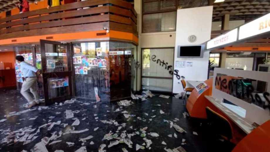 Así quedaron las instalaciones en la sede central de RÍO NEGRO.-