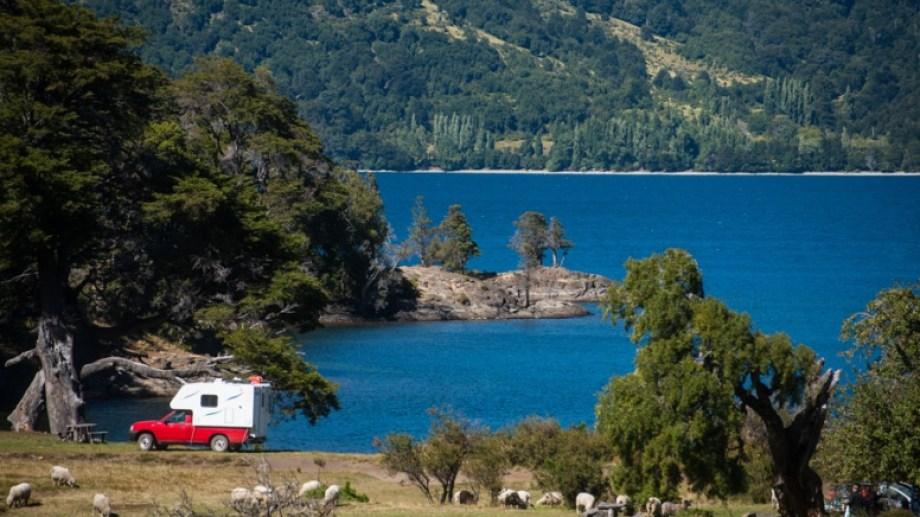 Se llega por la ruta provincial 61, que es de ripio y generalmente está en buen estado. Fotos Gentileza turismo Junín de los Andes.