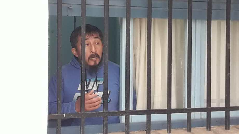 Villar, el condenado por abuso que tomó de rehén a su defensor público, ahora beneficado. (Fotos César Soria)