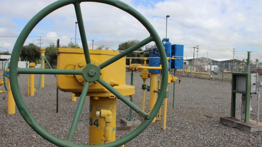 De exportación a importación. Nación estudia volver a utilizar el gasoducto GasAndes para traer gas desde Chile.