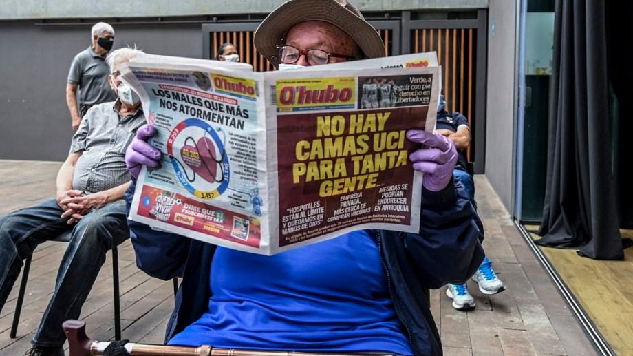 En Colombia, los 8 millones de habitantes de Bogotá también empezaron hoy un cierre total que estará vigente al menos hasta el lunes para frenar el avance del coronavirus. Foto: JOAQUIN SARMIENTO / AFP