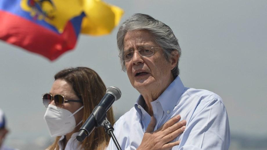 Guillermo Lasso, empresario, accionista y expresidente del Banco de Guayaquil, y el ex super ministro de Economía durante parte de la crisis de 1999 en Ecuador, será el nuevo presidente de Ecuador.