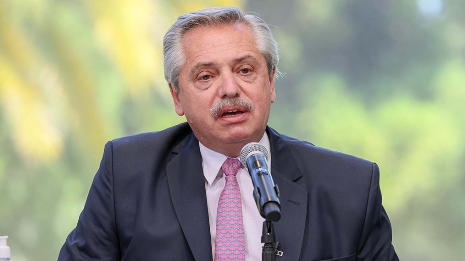 Alberto Fernández anunció que ANSES dará un bono de 15 mil pesos a sectores vulnerables.