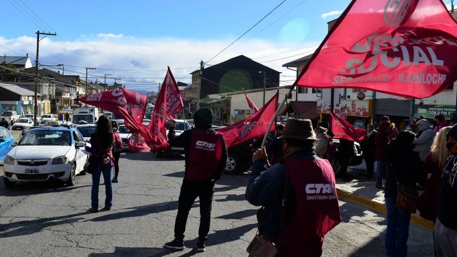 ATE Bariloche rechazó el acuerdo para incrementar los salarios un 22% en cinco cuotas desde julio. Archivo