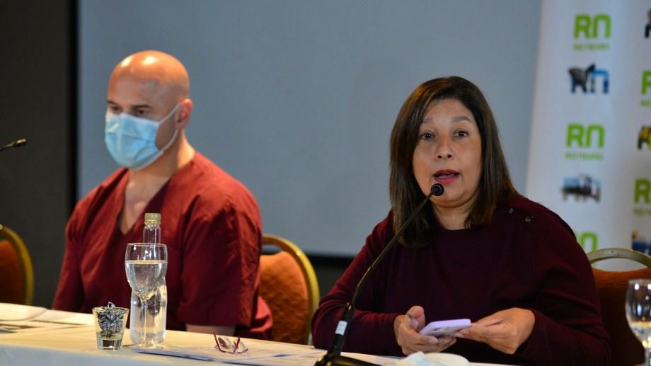 Arabela Carreras pidió la colaboración de la comunidad y el cumplimiento de las nuevas restricciones en Bariloche. Foto: Alfredo Leiva