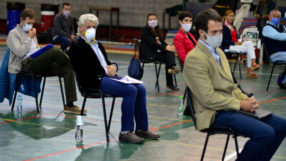 Los candidatos no tuvieron grandes cruces entre ellos, a pesar de provenir de vertientes ideológicas distintas. Foto: Chino Leiva