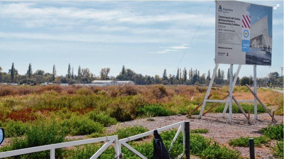 En el predio del Paseo de la Costa se construirá el nuevo centro de convenciones de la ciudad. (FOTO: Yamil Regules)