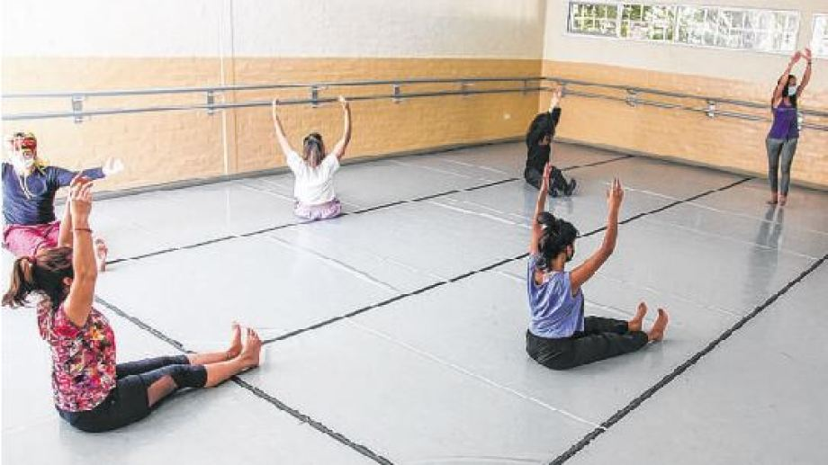 Danza contemporánea, una de las 29 carreras de la universidad de arte.