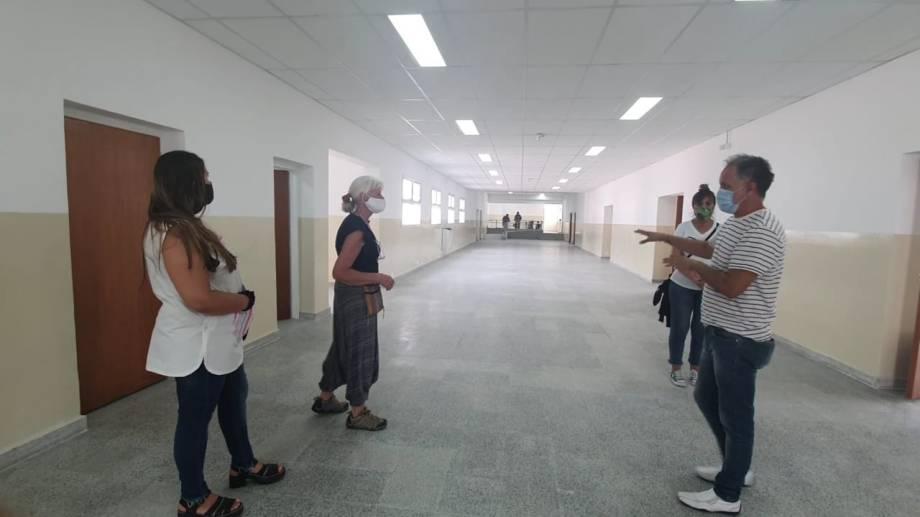 La semana anterior se conectó la red de gas al edificio de la Escuela Primaria 232 de Huergo.