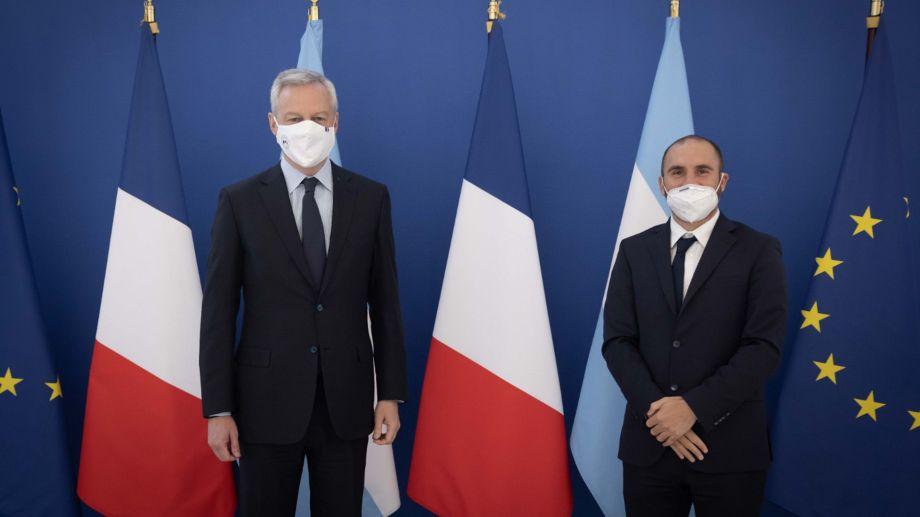 El ministro de Economía argentino se reunió hoy con su par francés.