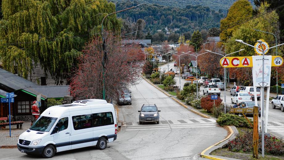 En Villa La Anbgostura la circulación estará más restringida y se suspenden actividades. (Foto: archivo)