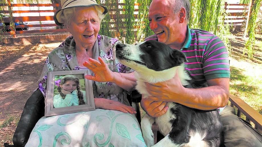 Rady vive actualmente junto a su madre que tiene 81 años.
