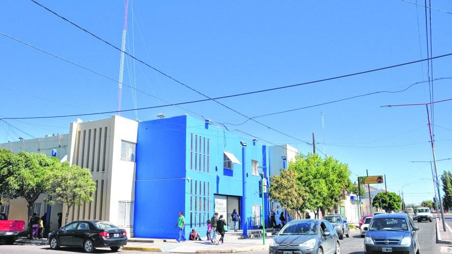 Plaza Huincul es la que más dinero por habitante recibe, el triple que Plottier, y además obtiene un presupuesto extra por año por las regalias de El Mangrullo. Recibe 39 .000 pesos per cápita.
