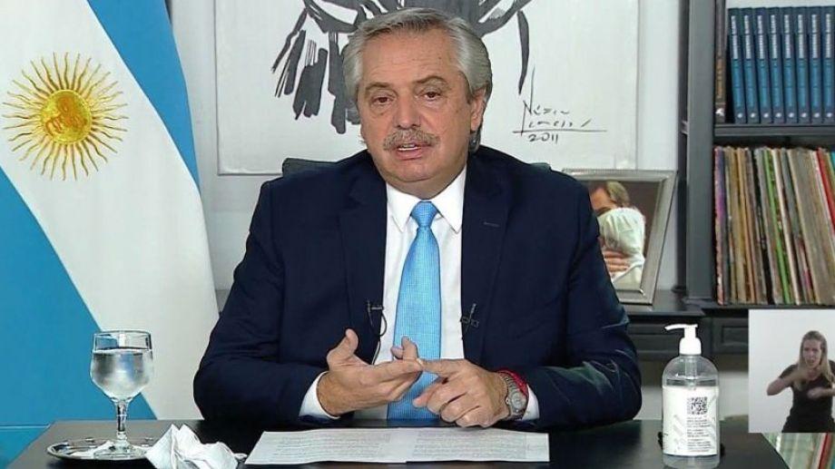 Fernández habló, además, de su cuadro. Explicó que fue dado de alta en las últimas horas y que sigue la situación nacional desde el aislamiento.-