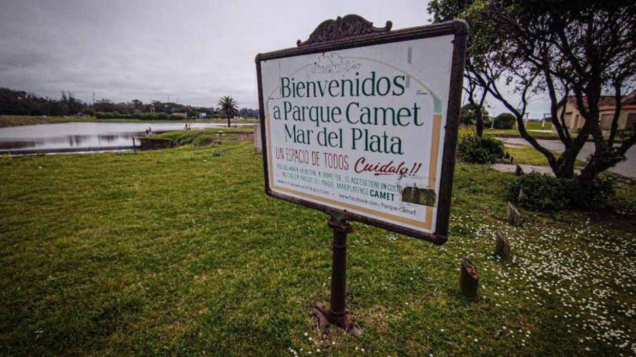 El parque Camet es un reconocido punto turístico de la ciudad balnearia.-
