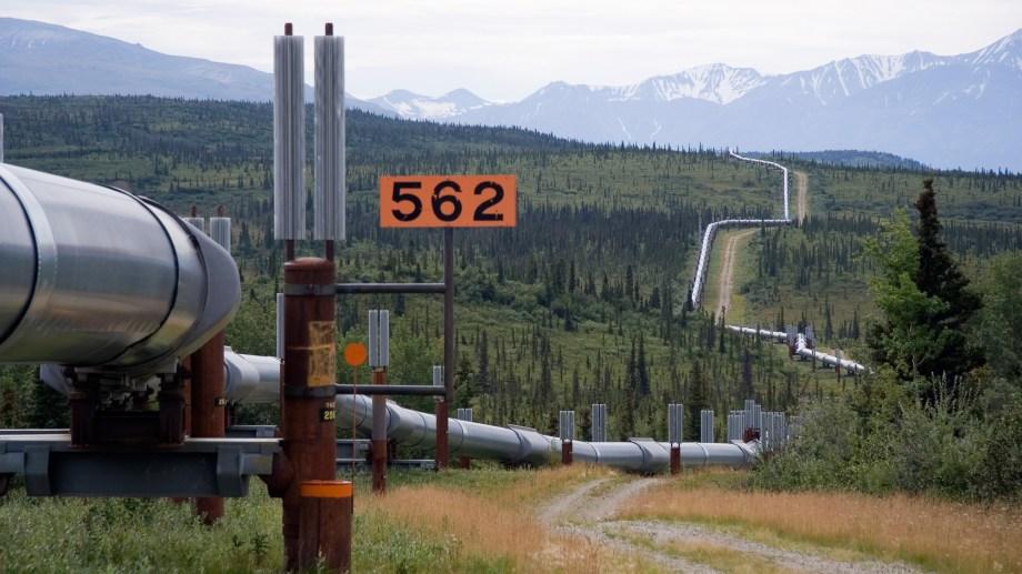 Apenas asumió Biden dio marcha atrás con la construcción del oleoducto Keystone XL que iba a unirse con Canadá. (Foto: gentileza)